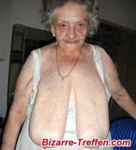 alte granny mit schlauchtitten